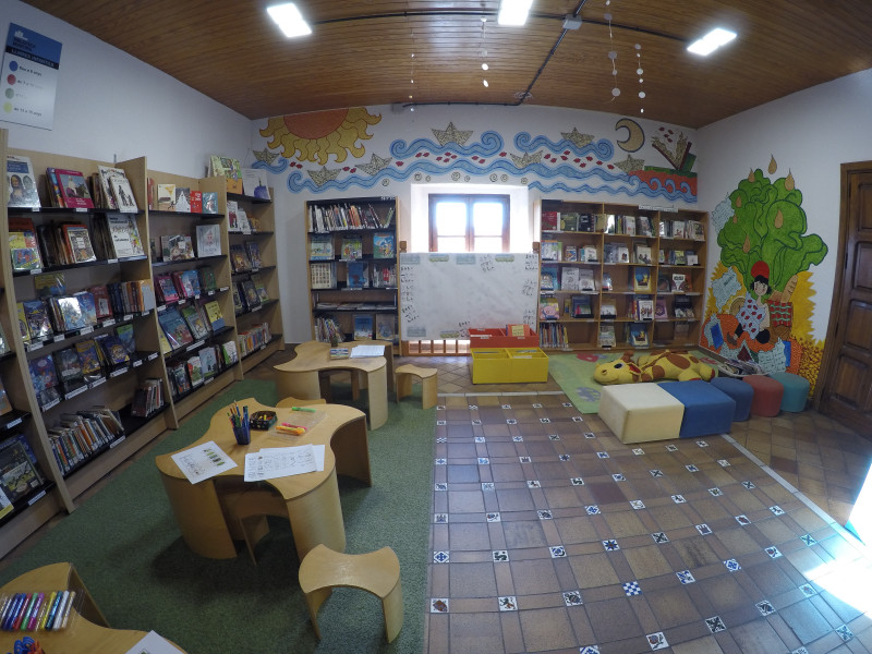 Biblioteca - Infantil i juvenil