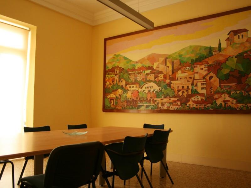 La Sala del Comú és un dels llocs on es reuneixen els Consells Municipals